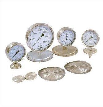 تصویر چند نمونه گیج فشار دیافراگمی به همراه دیافراگم آنها